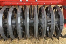 KUHN V-LINER en hydraulische werkdiepte-stelling