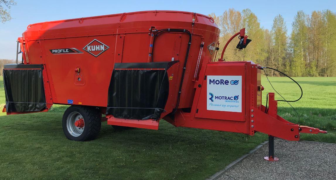 More E voermengwagen